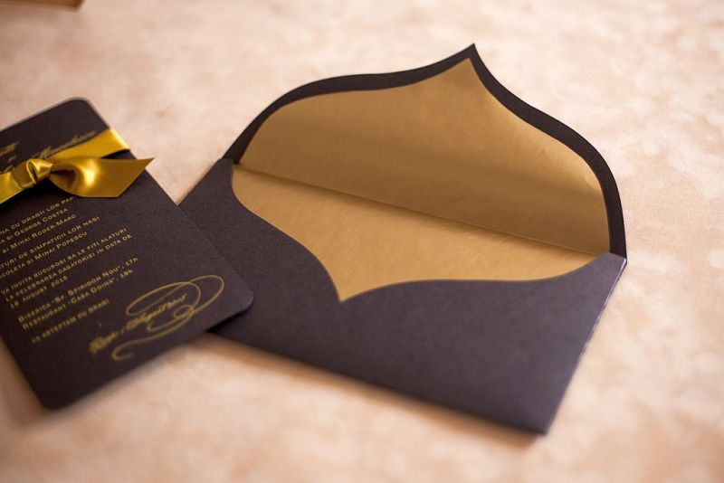 Invitatie nunta maro cu auriu - poza 3