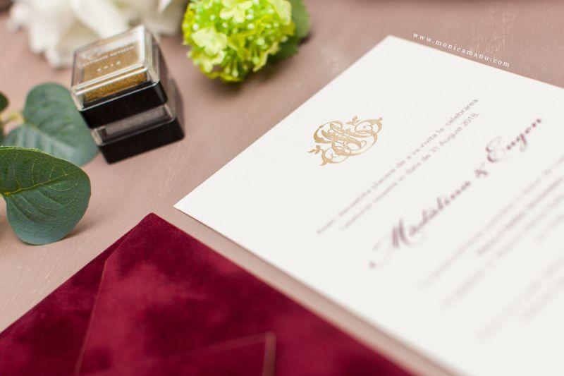 Invitatie nunta plic catifea bordeaux - poza 2