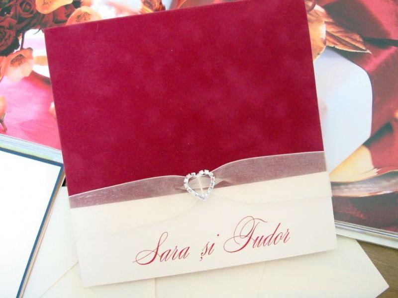 invitatie nunta din catifea rosie, inimioara cristale