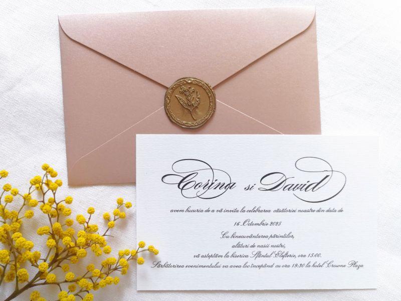 Invitatie nuntra roz pudrat cu sigiliu auriu - poza 3