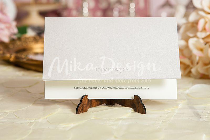 Invitatie simpla si eleganta ideala pentru orice tip de eveniment
