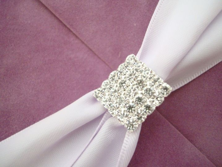 Catifea lila, invitatii nunta de lux - poza 3