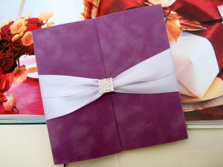 Catifea lila, invitatii nunta de lux - poza 2