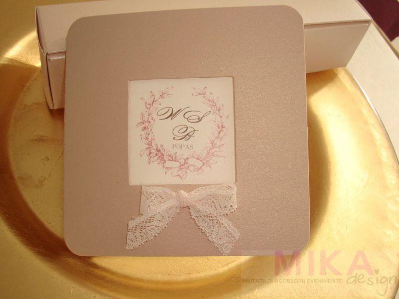 Invitatii nunta eleganta din carton sidefat roz pudrat - poza 3