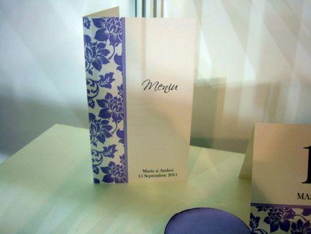 Meniu pentru nunta cu elemente florale lila - poza 1
