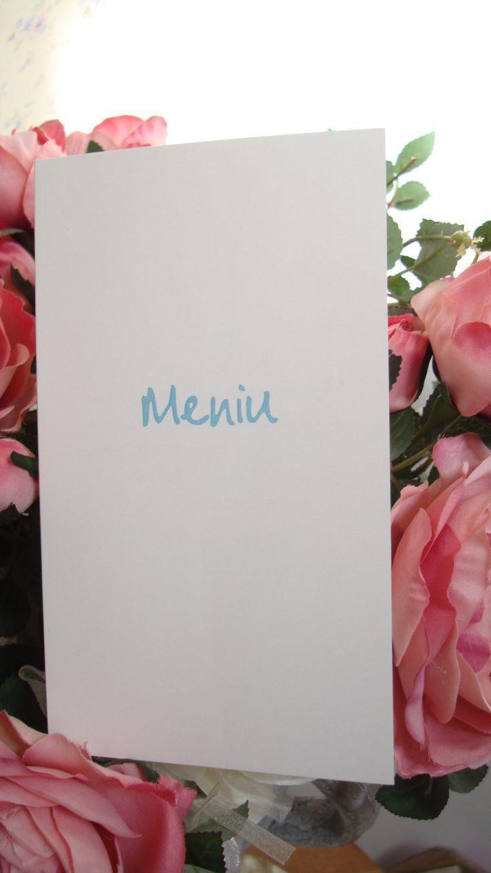 Meniu nunta realizat din carton alb sidefat cu scris auriu - poza 3