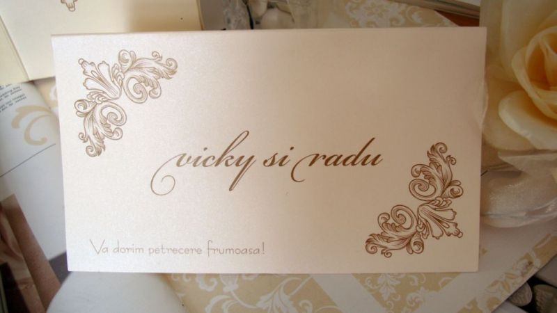 Plic de bani nunta cu design elegant in colturi - poza 3