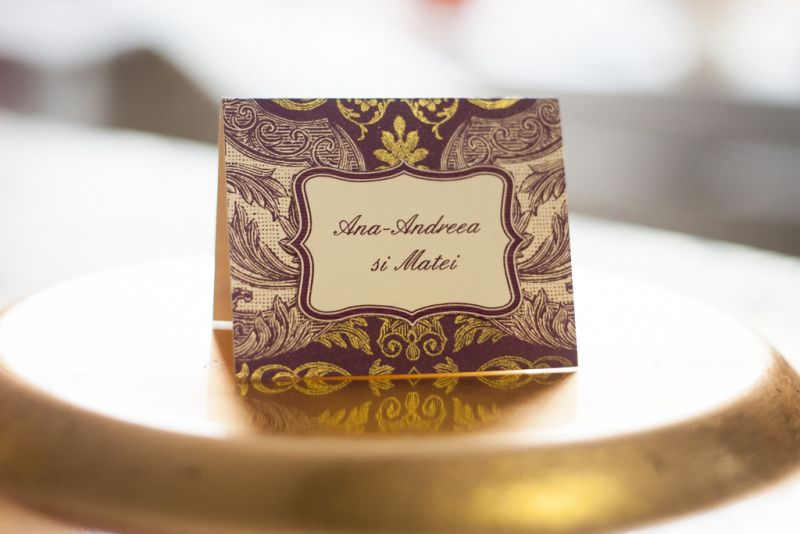 card de masa pentru nunta mov