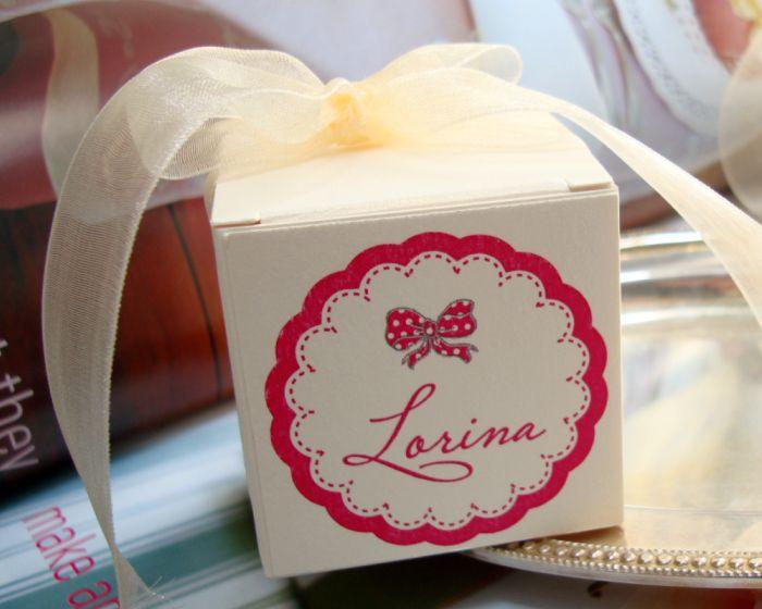 Cutiuta marturii nunta cu fundita roz - poza 1
