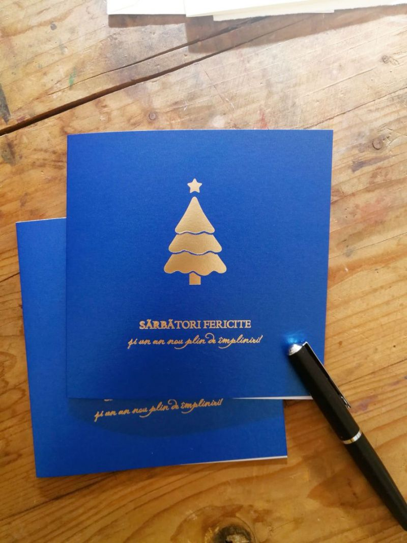 Felicitare craciun albastra cu bradut folio auriu - poza 2