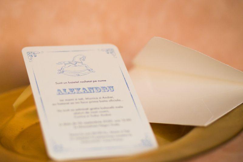 Invitatie botez baietel cu calut bleu - poza 1