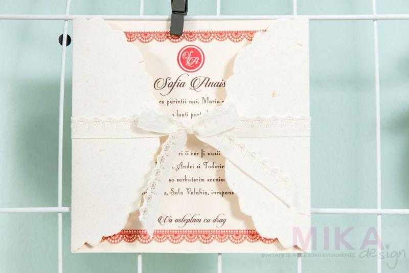 Invitatie botez delicata fetita cu dantela - poza 3