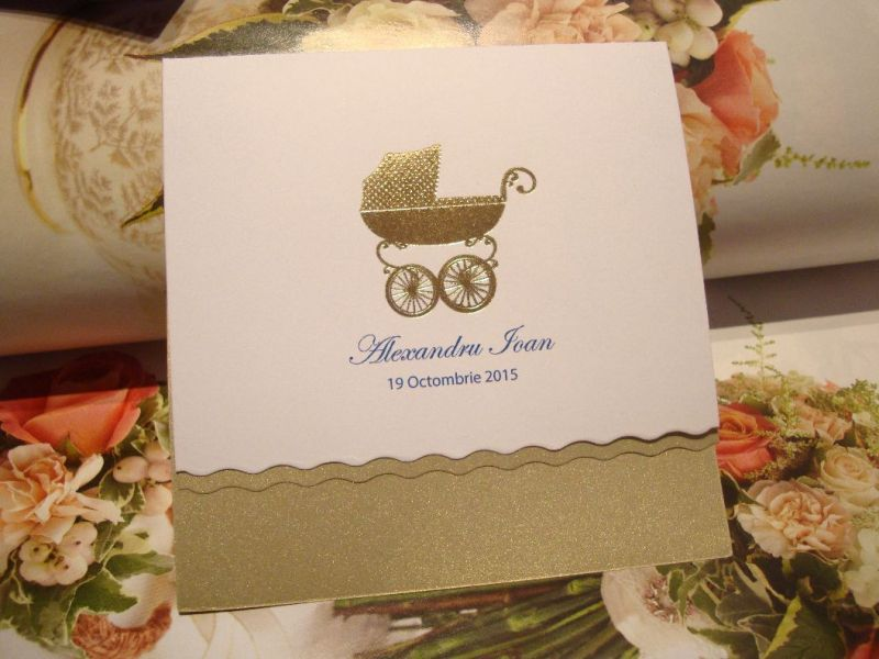 Invitatie botez eleganta cu carucior auriu - poza 2