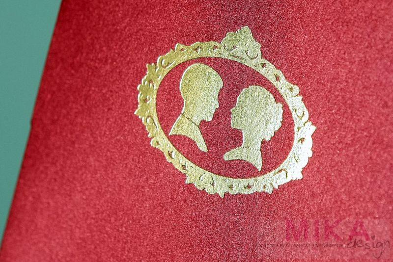 invitatie nunta bordeaux cu camee vintage aurie