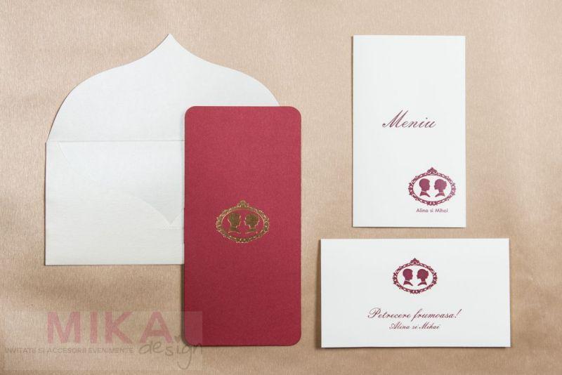 Invitatie nunta bordeaux cu camee vintage aurie - poza 2