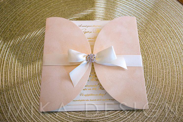 Invitatie nunta catifea ivory cu accesoriu cristal - poza 2