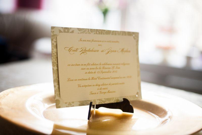 Invitatie nunta cu flori aurii vintage - poza 2