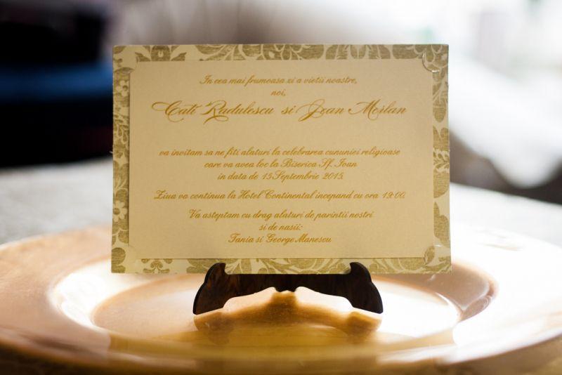 Invitatie nunta cu flori aurii vintage - poza 3