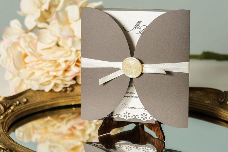 Invitatie nunta cu sigiliu trandafir ivoire - poza 1