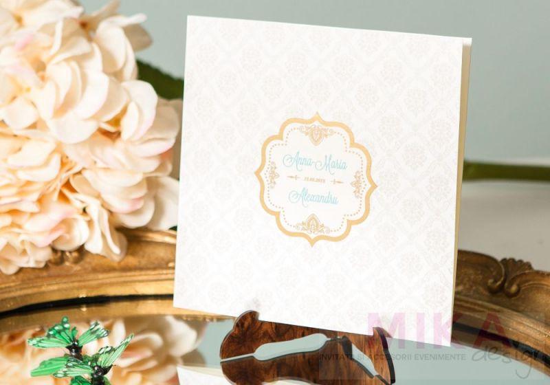 Invitatie nunta delicata cu fundal damask crem - poza 2