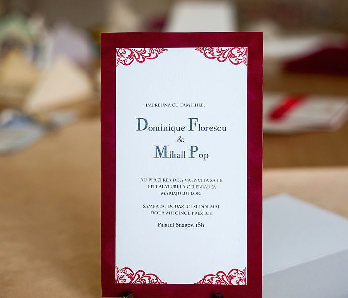 invitatie nunta din catifea rosie
