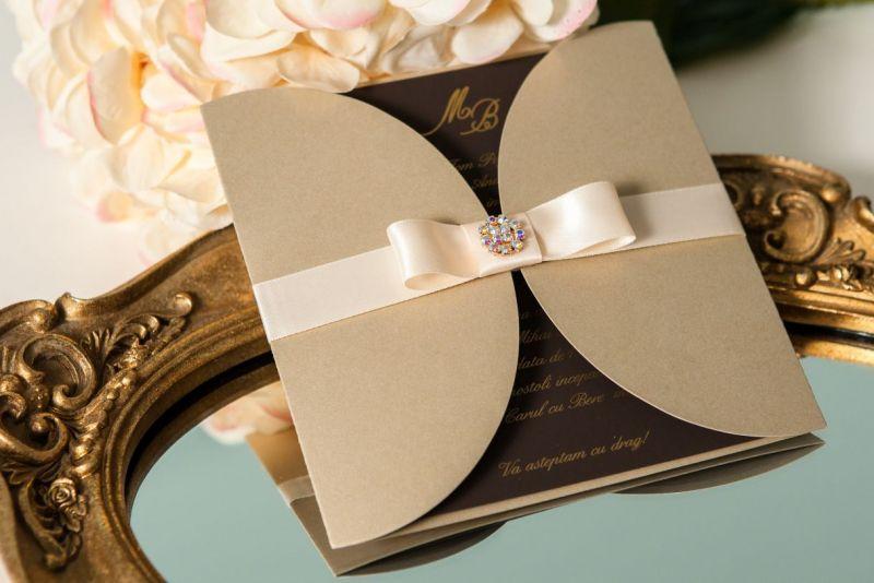 invitatie nunta eleganta auriu cu maro