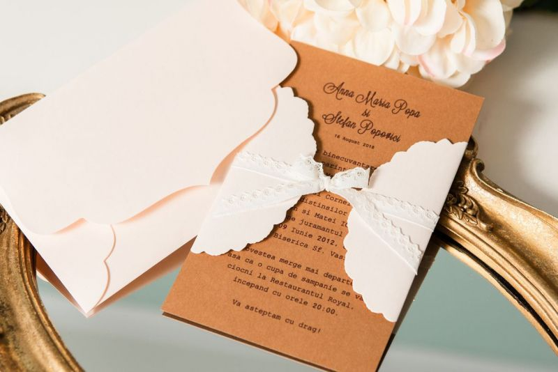 invitatie nunta eleganta cu dantela
