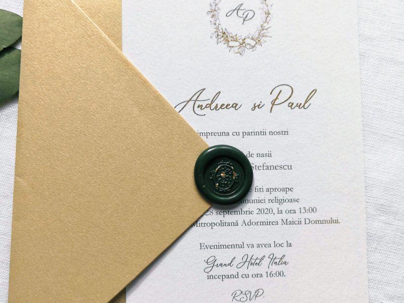 invitatie nunta eleganta cu plic auriu