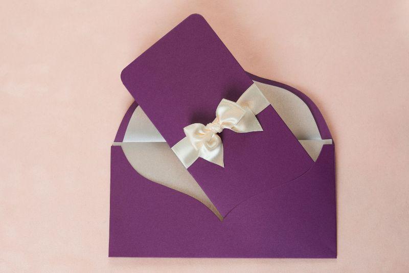 Invitatie nunta mov sidefat - poza 1