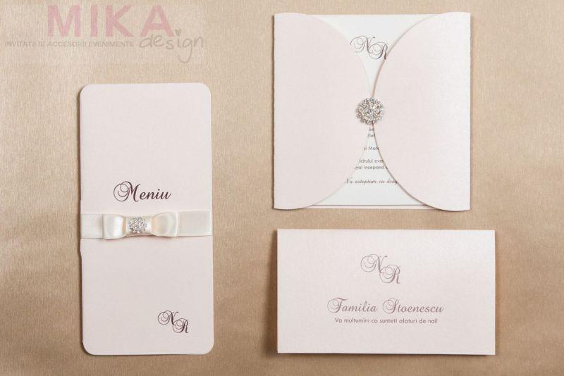 Invitatie nunta-roz crem cu brosa - poza 4