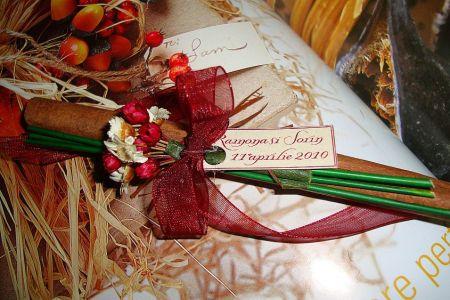 marturie nunta, baton scortisoara decorat cu floricele uscate