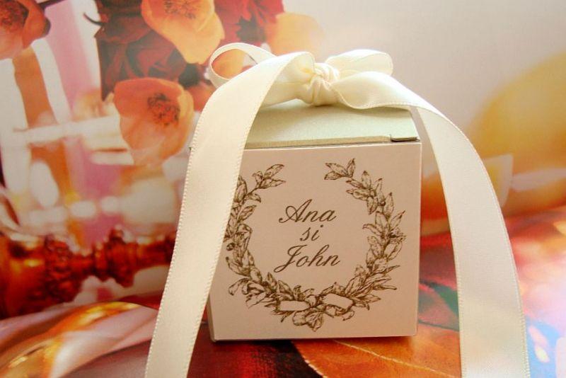 Marturii nunta cutiuta aurie eleganta - poza 1