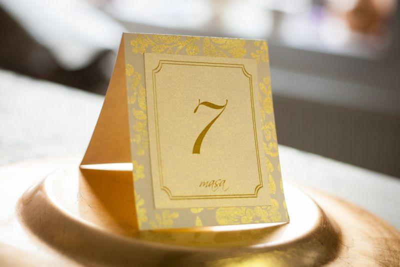 Numar de masa pentru nunta auriu - poza 1