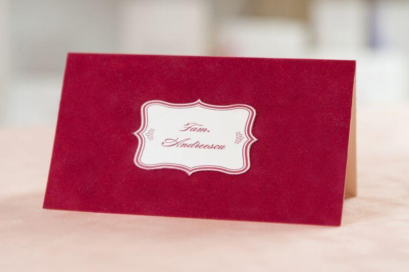 plic pentru bani din catifea rosie
